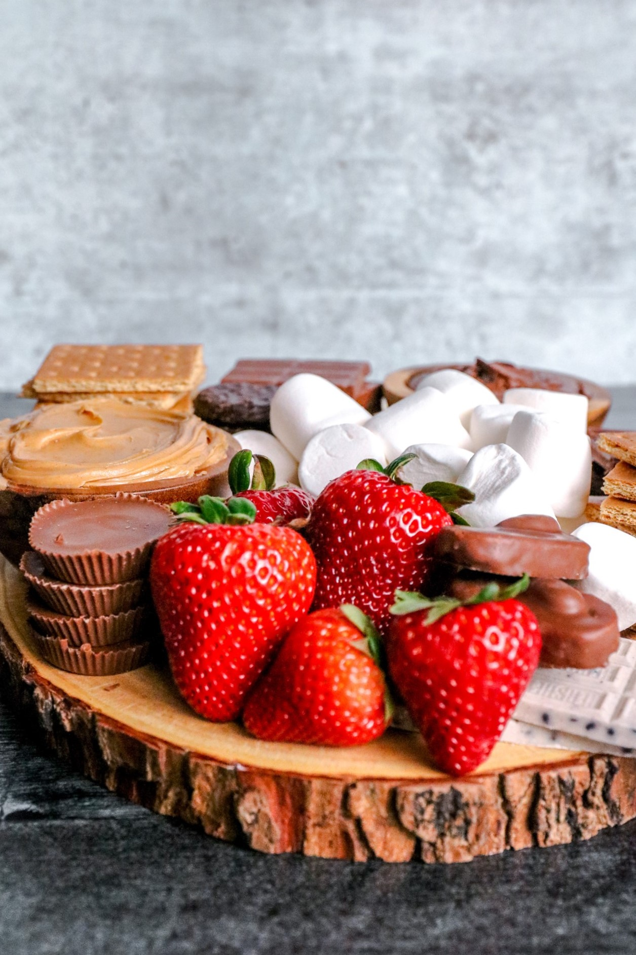 Dessert Boards and Charcuterie Boards: A How To Guide