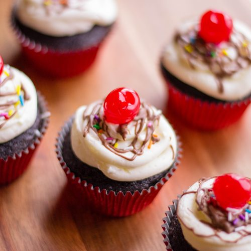 Hot fudge plus Ice cream sundae plus Cupcakes equal Hot Fudge Sundae Cupcakes. Need I say more? Find the yummy recipe here.
